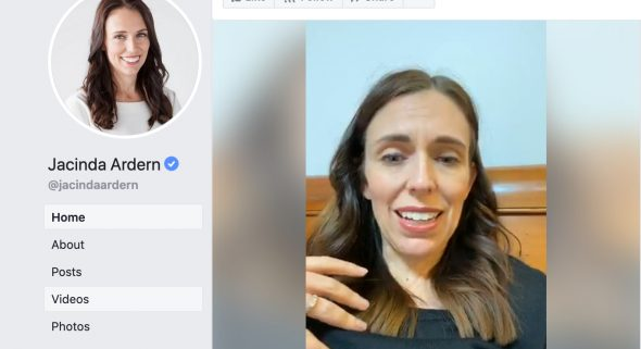 Jacinda Ardern plaudert mit ihren Landsleuten ©Screenshot Facebook